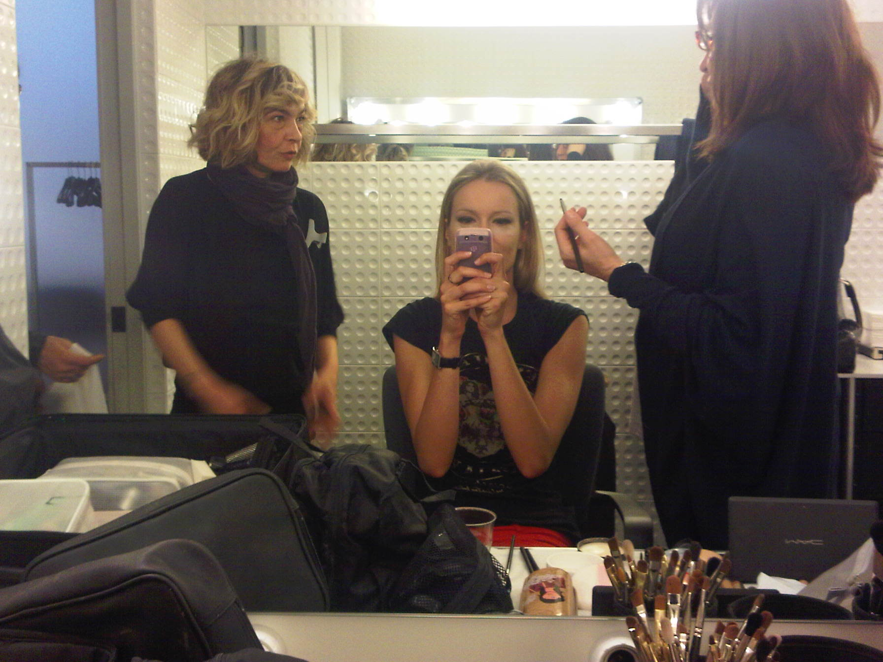 Renata Zanchi - Milano - Talking about my hair style of the day...so curious!!