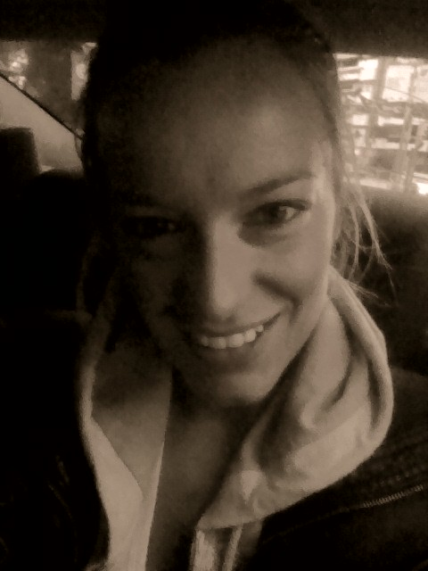 """""""Renata Zanchi - In a cab destination airport. My 6:20 wake-up call face. Buongiorno!!"""""""