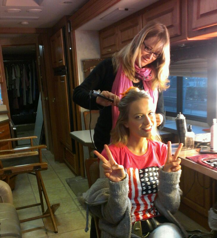 """Los Angeles, motor home: wake-up call 5am. Good morning America! #makeuptimebySusan"""