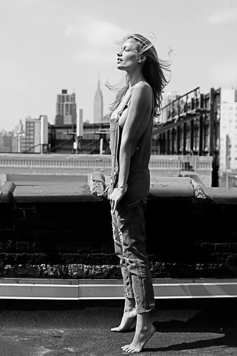 """Feel the wind. By @DaGodfaddah. NYC."""